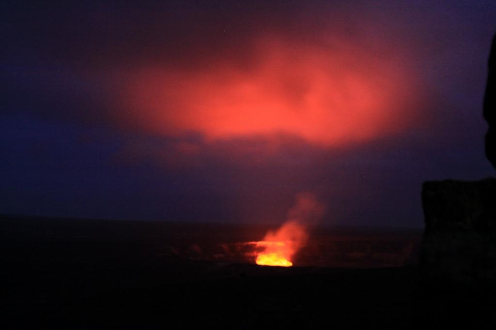 Halemaumau Crater by Kazuhiko Kobori 03-15-11